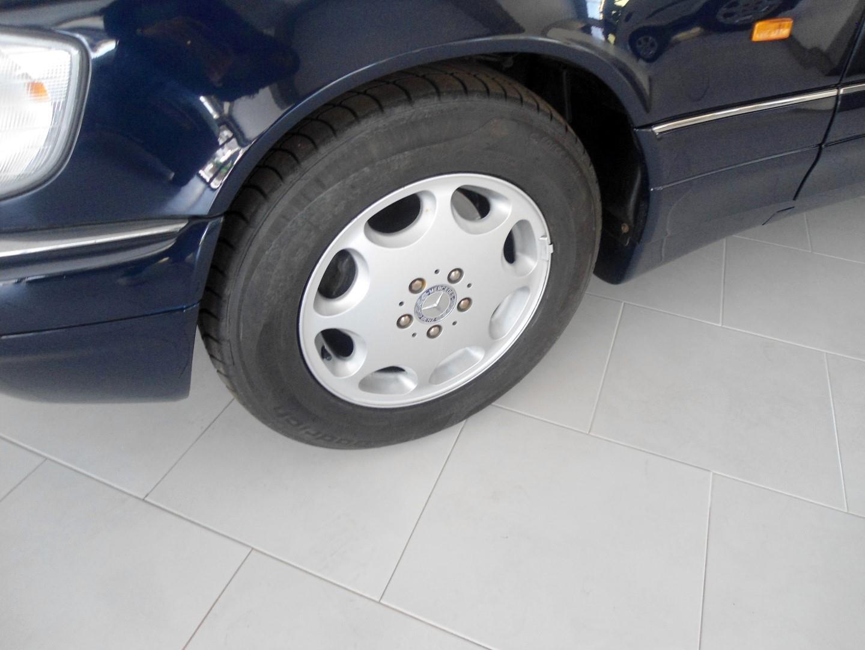 MG Ribeiro Motores - Comércio de Automóveis: Mercedes Benz 350  - 9.980 €