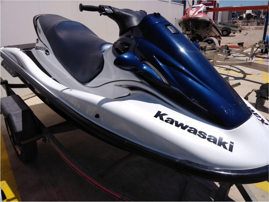 Kawasaki STX-12F - Usado para venda em Lagoa - Algarve