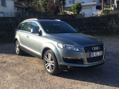 Audi Q7 3.0 TDi [7 Lugares]