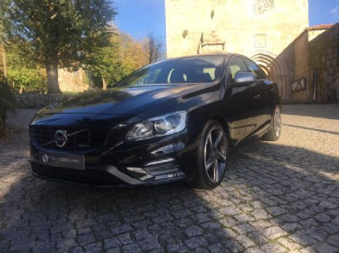 Volvo S60 D2 Kinetic R-Design 4d